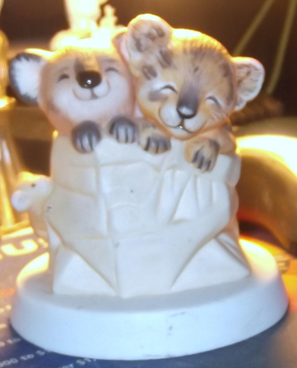 Heartline Sunny Animals Koala Bears Figurines