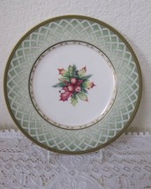 """Fitz and Floyd Green Wreath Winter Holiday Salad 9 1/4"""" Plate Christmas - $14.03"""
