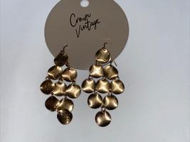 vintage gold tone dangle earrings - $12.82