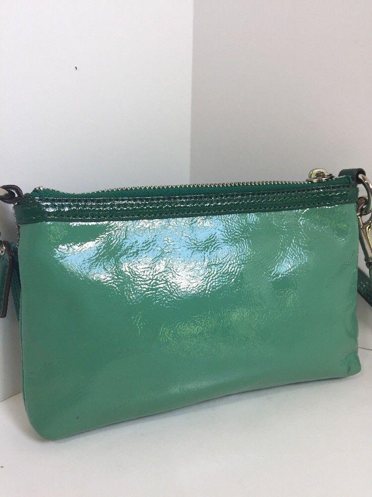 Coach Poppy Wristlet Bag Clutch Green Patent Leather 42855 B14