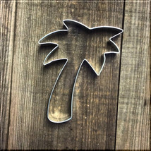 "5"" Palm Tree Metal Cookie Cutter #NA8057 - $1.99"