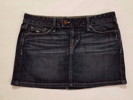 Gap Limited Edition Women's Denim/Jean Skirt Size 28/6 Light Distressing - $12.19