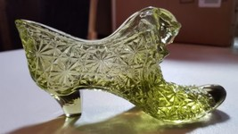 Vintage Fenton Art Glass Shoe Daisy Button Pattern Green Slipper Collect... - $15.67