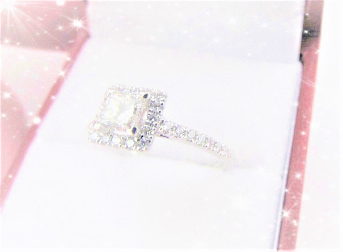 Primary image for PRINCESS CUT DIAMOND SET 18CT WHITE GOLD HALO RING