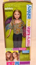 Mary Kate & Ashley Senior Year Graduation Celebration - Ashley Mattel 2004 - $34.99