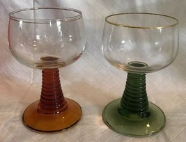 SET OF 2 CORDIAL GLASSES GREEN & AMBER SWIRL RIBBED GRADUATED STEM CLEAR... - $17.81