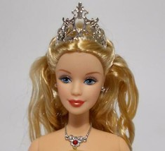 Barbie Doll With Crown Long Blonde Hair Mackie Face Pale Skin Necklace - $24.74