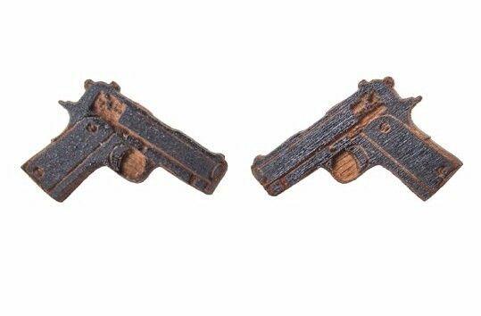 Good Wood New York Nyc Nero di Legno Beretta M9 9mm Pistola Orecchini Nip