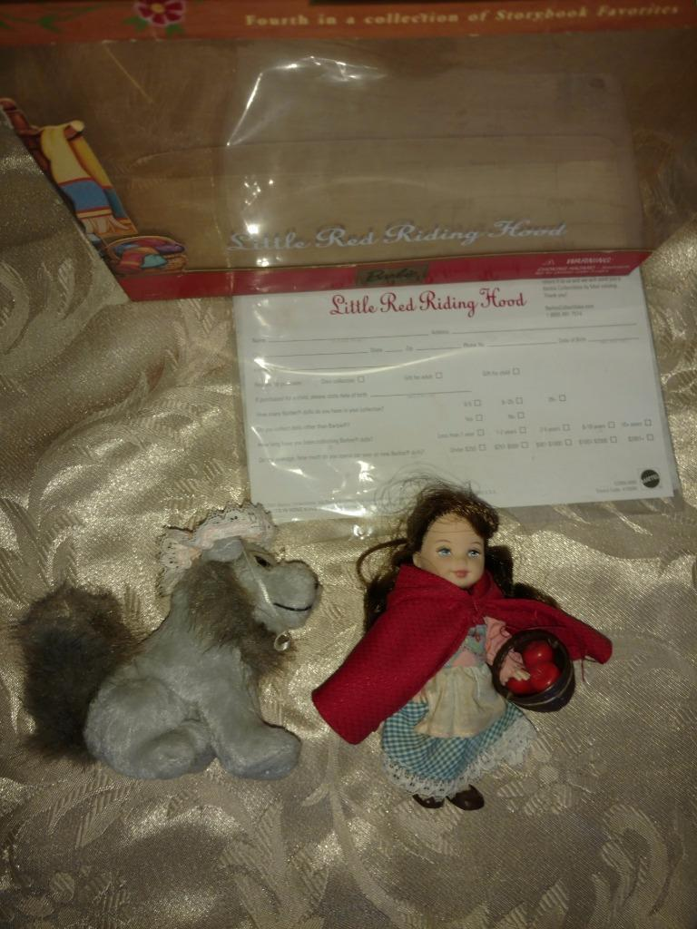 "Primary image for BARBIE COLLECTIBLES LITTLE RED RIDING HOOD 4½"" DOLL SET 2001"