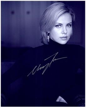 CHARLIZE THERON  Authentic Original AUTOGRAPHED SIGNED PHOTO w/ COA 2061