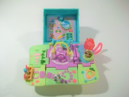 Littlest Pet Shop Teeniest Tiniest Bunny Rabbit Mini Play Set With 2 Pet Figures - $17.59