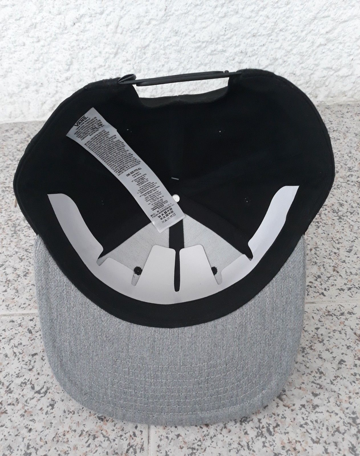 Vans Black Cap Grey Casual Hat 100% Cotton Adults One Size  Flat Brim 6 Panel