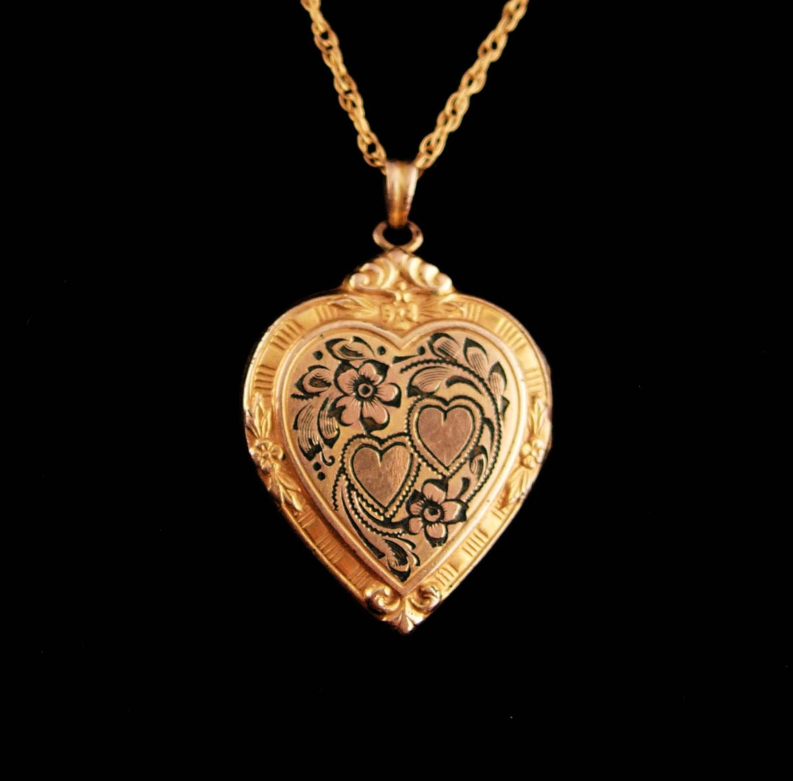 Heartlocket1