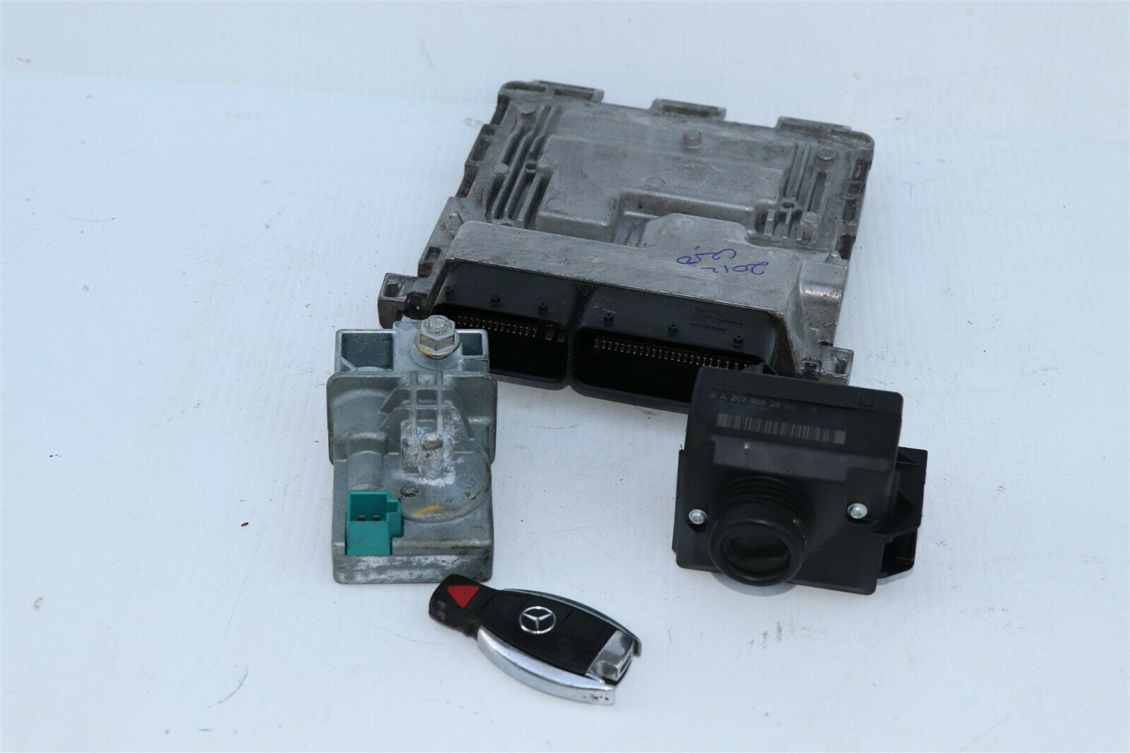 2012 Mercedes W204 C250 ECU Engine Computer EIS Ignition FOB ISL Set