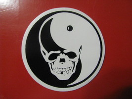Halloween small sticker skull & Ying Yang smiley face - £4.26 GBP