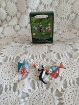 Hallmark Keepsake Ornament Thing One and Thing Two The Cat In The Hat 2001 - $9.69