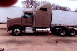 2006 Kenworth T800 For Sale in Kaufman, Texas 75142 image 1