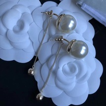 Authentic Christian Dior 2017 Limited Edition Long Pearl Dangle Drop Earrings image 2