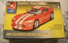 AMT ERTL MODEL KIT 1/25 SNAPFAST 1997 DODGE VIPER GTS Opened NIB New - $25.08