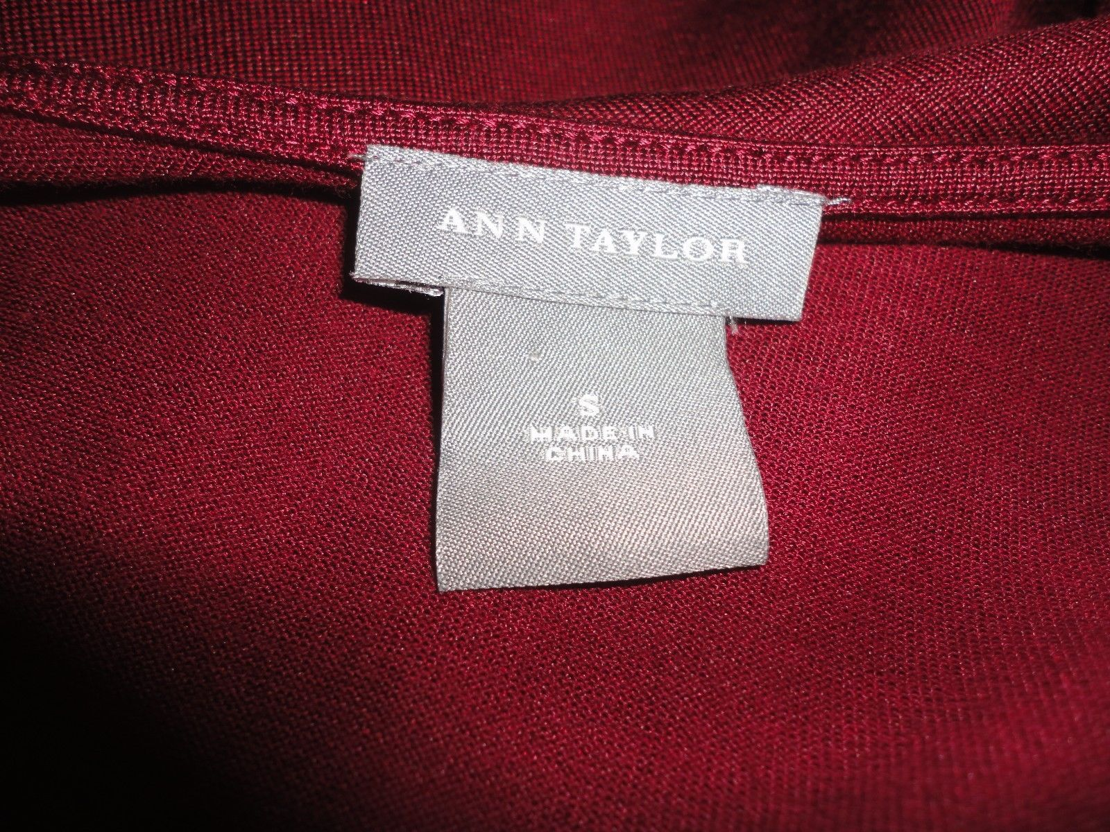 Ann Taylor Merlot Silk blend Sz s sleeveless top with tie front accent