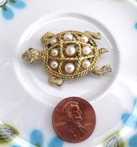 Cute Turtle 1950s Faux Pearl Brooch Pin Figural Lapel Pet Retro Poodle Skirt - $24.00