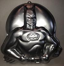 Wilton Cake Pans 1989 Dc Comics Batman 1989 Birthday Bakeware VINTAGE Large - ₨2,157.87 INR