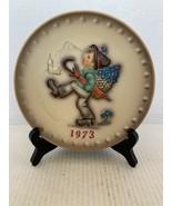 "MJ Hummel Goebel Annual Plate ""Globetrotter"" Hum 266 in Bas Relief 1973 - $15.00"