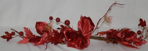 Unbranded SXW035429RD Glittery Red Holly Berries Lace Leaves Swag Decoration