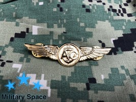 Original Us Navy Gold Naval Aircrew Warfare Specialist Insignia Pin Badge - $17.80