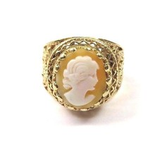 14k Yellow Gold Women's Vintage Ring With A Cameo Shell Stone - $466.57