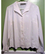 Croft & Barrow Size Small Womens Blouse White Embroidered - $13.63