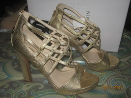 Size 7M Nine West Women's Treena Shoes Sandals; Gold Leather - $21.77