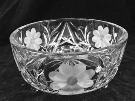 """Vintage 7.25"""" x 4"""" Round Cut Crystal ABP Flower Daisies 3 Footed Serving Bowl - $34.64"""