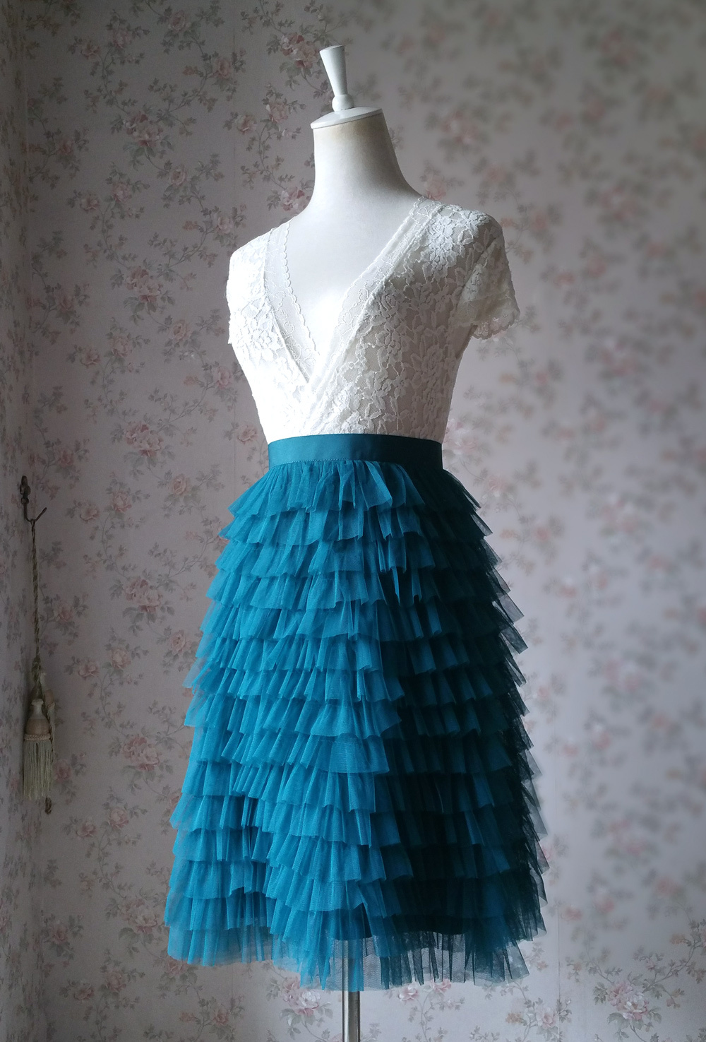 DEEP GREEN High Waist Knee Length Tiered Tulle Skirt Wedding Party Tulle Skirts