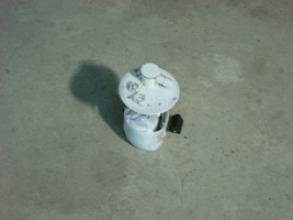 2015 TOYOTA COROLLA FUEL PUMP ASSEMBLY 45K  image 2