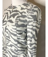 Hugo Boss Women's Blazer Jacket Tiger Print Full Zip White Gray Sz 0 NWT - $69.95