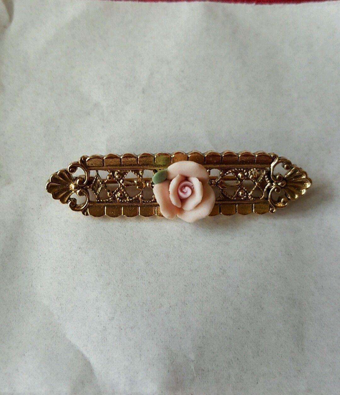 Brooch 1940 50 Gold Filagree Pink Porcelain Rose Estate Purchased France Vintage