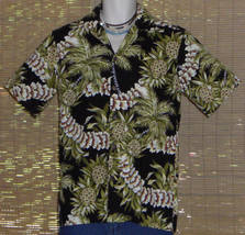 Hilo Hattie Hawaiian Shirt Black Green Pineapples Leis Size Small - $27.95