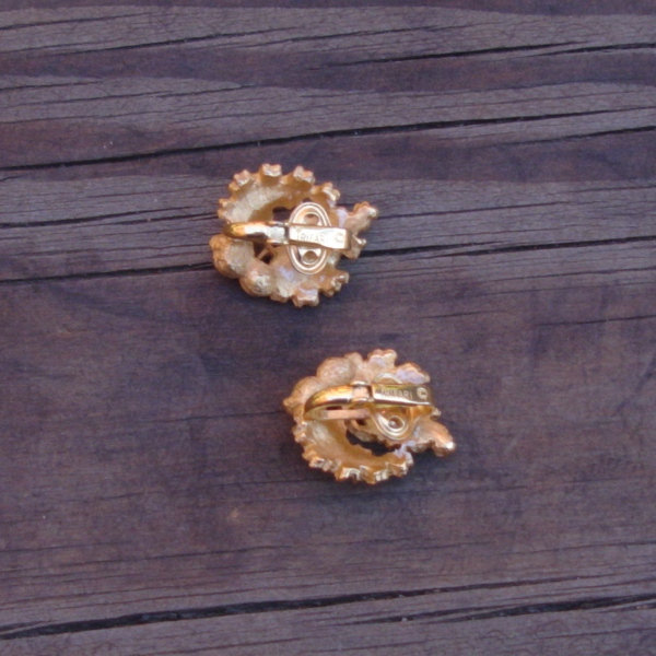 Vintage Crown Trifari© Oak Leaf Earrings, Alfred Philippe, Red Rhinestones