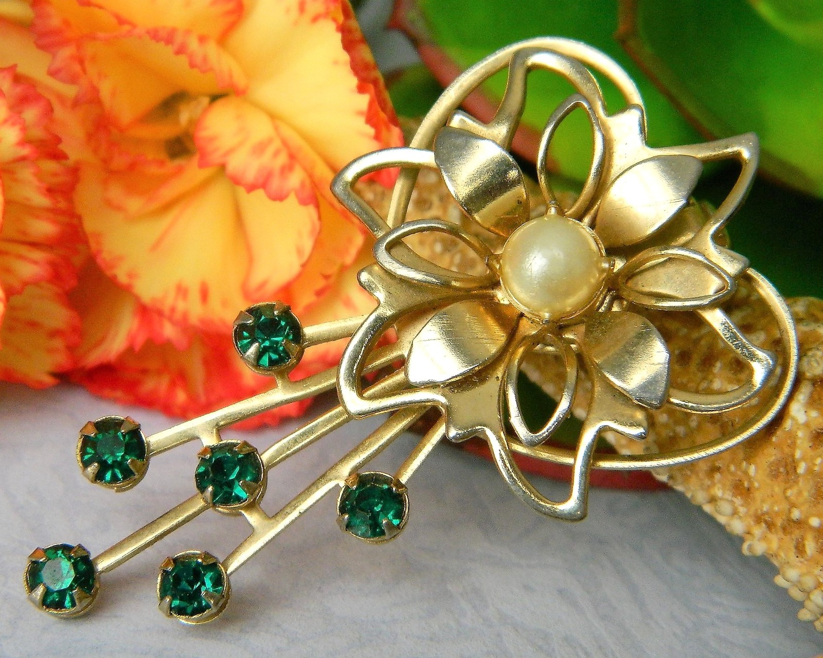 Primary image for Vintage Flower Green Rhinestone Pearl Heart Brooch Pin Open Work Petal
