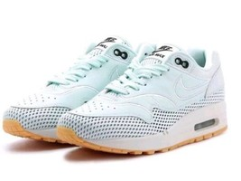 Nike Air Max 1 Si Women's Shoes rare Barely Green black gum AO2366-300 s... - £57.01 GBP