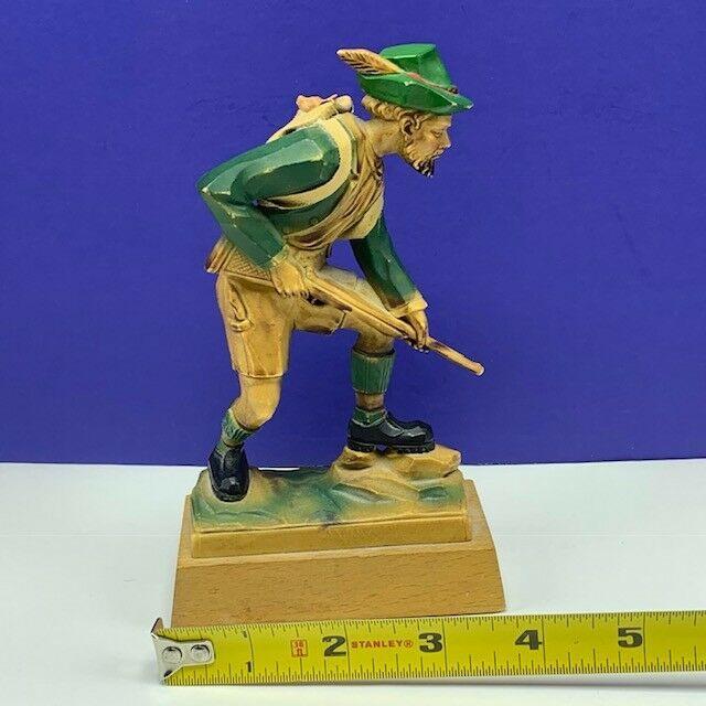 Black Forest Germany figurine hand carved hunter huntsman rifle state deer pack