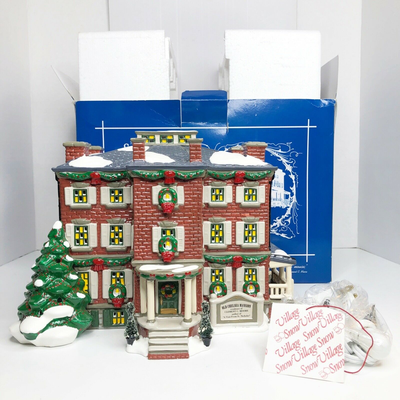 Primary image for Vintage Department 56 Snow Village OLD CHELSEA MANSION 1997 5654903 MINT IN BOX