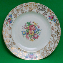 """Vintage Crown Clarence (England) 9"""" Dinner Plate, Flowers And Gold - $3.95"""