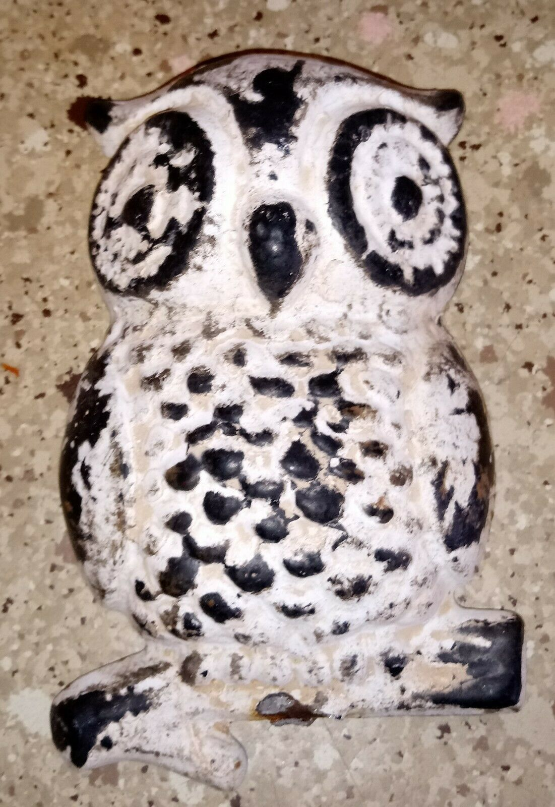 Cast Iron Owl Wall Hanging Distressed 4""