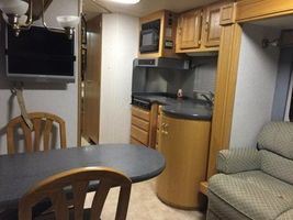 2005 Airstream Land Yacht For Sale in Edson, AB T7E1V4 image 6