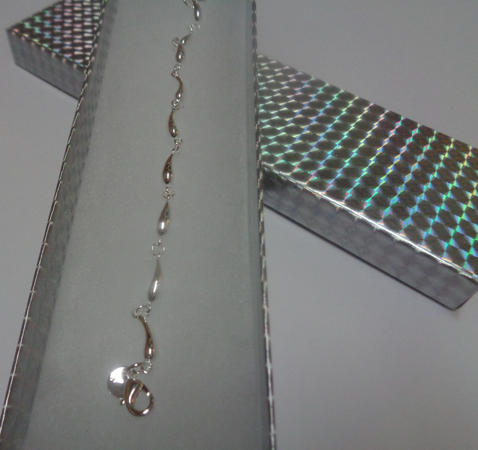 """Sterling Silver 925 Bracelet Tear Drop NWT 7"""" Stamped Free Shipping"""