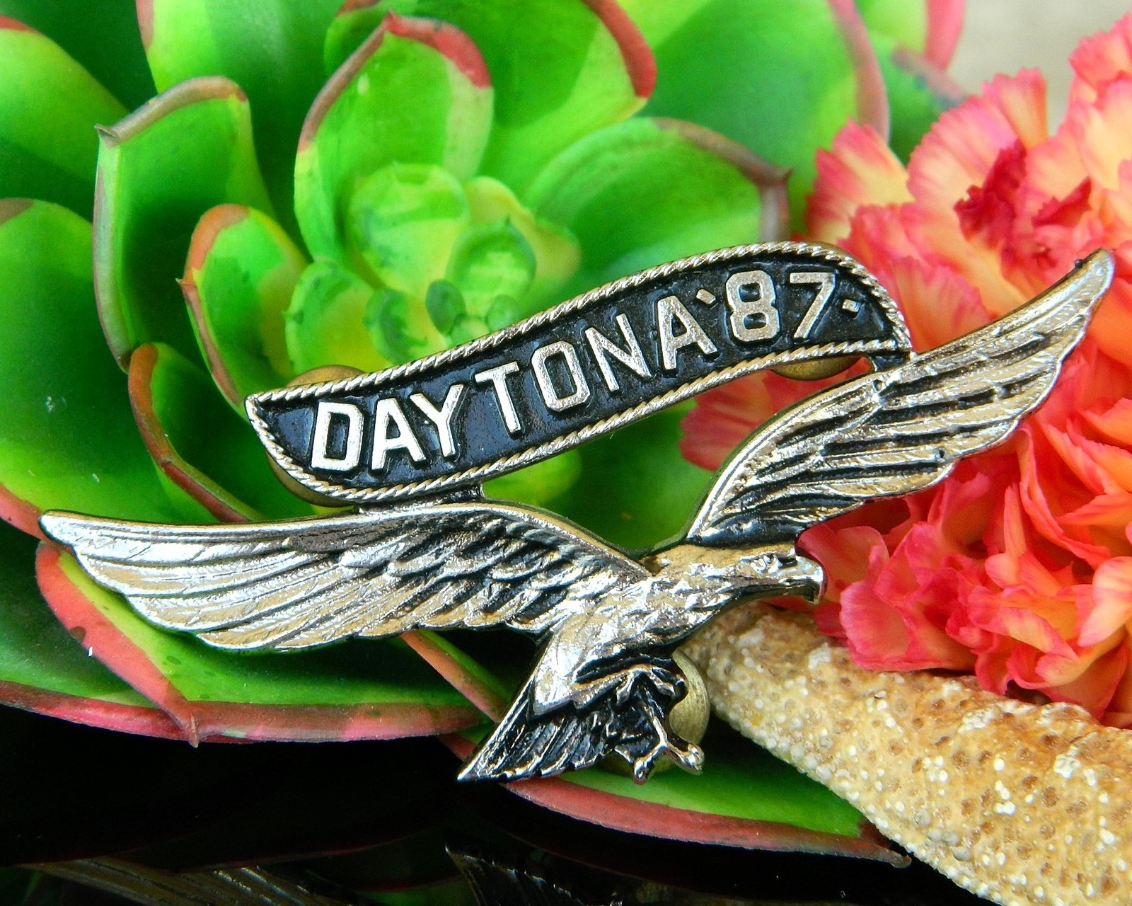 Vintage Daytona 1987 Motorcycle Rally Soaring Eagle Pin Jacket Biker
