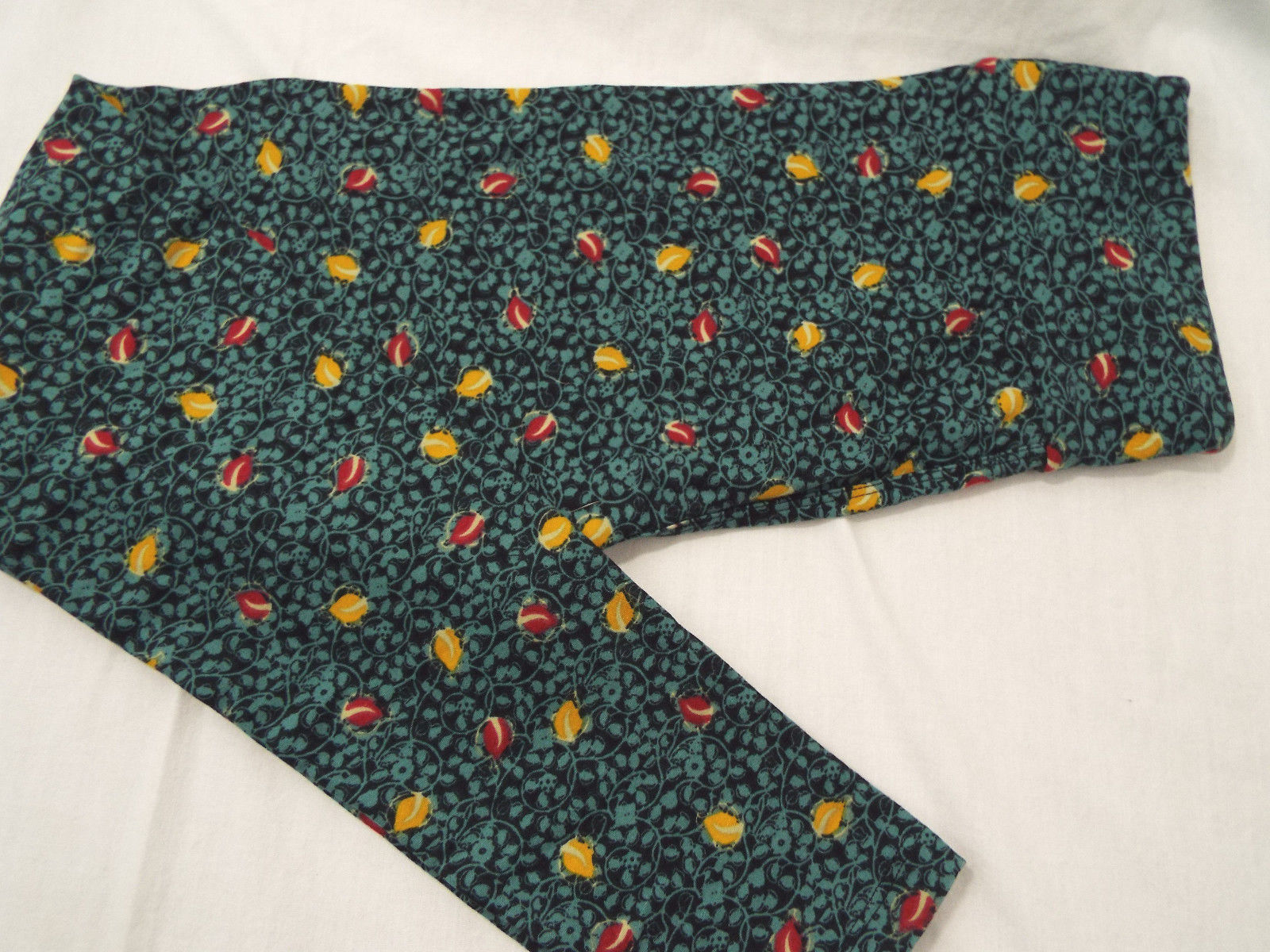 Women's LuLaRoe OS One Size Leggings Black Teal Red Yellow Tiny Floral NEW