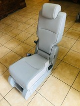 2020 Honda Odyssey Middle Row Center Seat JumpSeat Leather Light Gray - $444.51